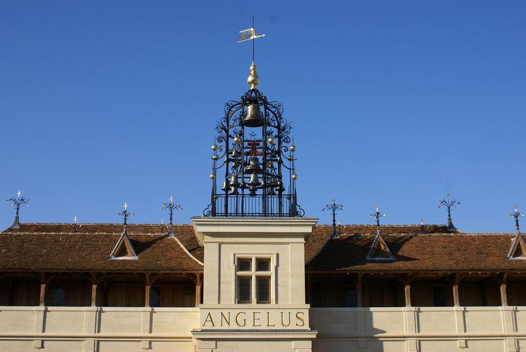 L'angélus du château peut jouer différents hymnes